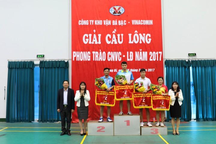 Công ty Kho vận Đá Bạc tổ chức giải Cầu lông phong trào CNVC- LĐ năm 2017